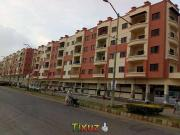 2 Bds 2 Ba Luxury First Floor Two Bed Lounge for rent