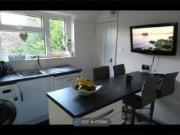 2 Bedrooms Flat for rent in Lutterell Way, West...