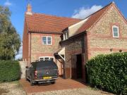 4 bed detached house to rent in Croxton Road,...