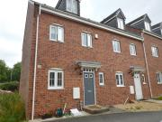 4 Bedroom House for sale in The Locks, Woodlesford,...