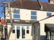 5 Bedrooms Semi detached house for rent in Beaconsfield...
