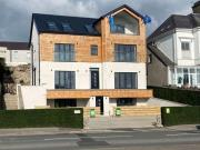 8 bed flat for sale