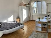 Bright room to rent / camera luminosa in affitto