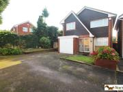Detached 3 Bedroom House for sale in Redruth Close,...