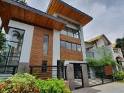 Modern Asian 3 Storey House with Overlooking Gym for...