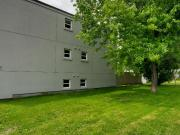 MODERN SPACIOUS 2 BDRM UNIT* PRIVATE BALCONY! 2nd Floor....