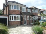 Semi 3 Bedroom House to rent in Cannonbury Avenue,...