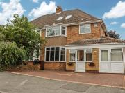 Semi 4 Bedroom House for sale in Woodford Avenue, Castle...