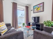 Elegant two bed Two Bath Apartment in Heart of Shoreditch