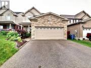 Snap Up this 4 br 4 bath Single Family House in Guelph