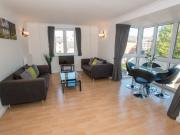 SPACIOUS 2 BEDROOM SERVICED APARTMENT