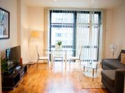 Stylish One Bedroom 50m Apartment on 8th Floor in...