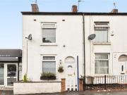 Terraced 2 Bedroom House to rent in Partington Lane,...